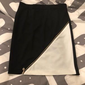 Beautiful black and white pencil skirt